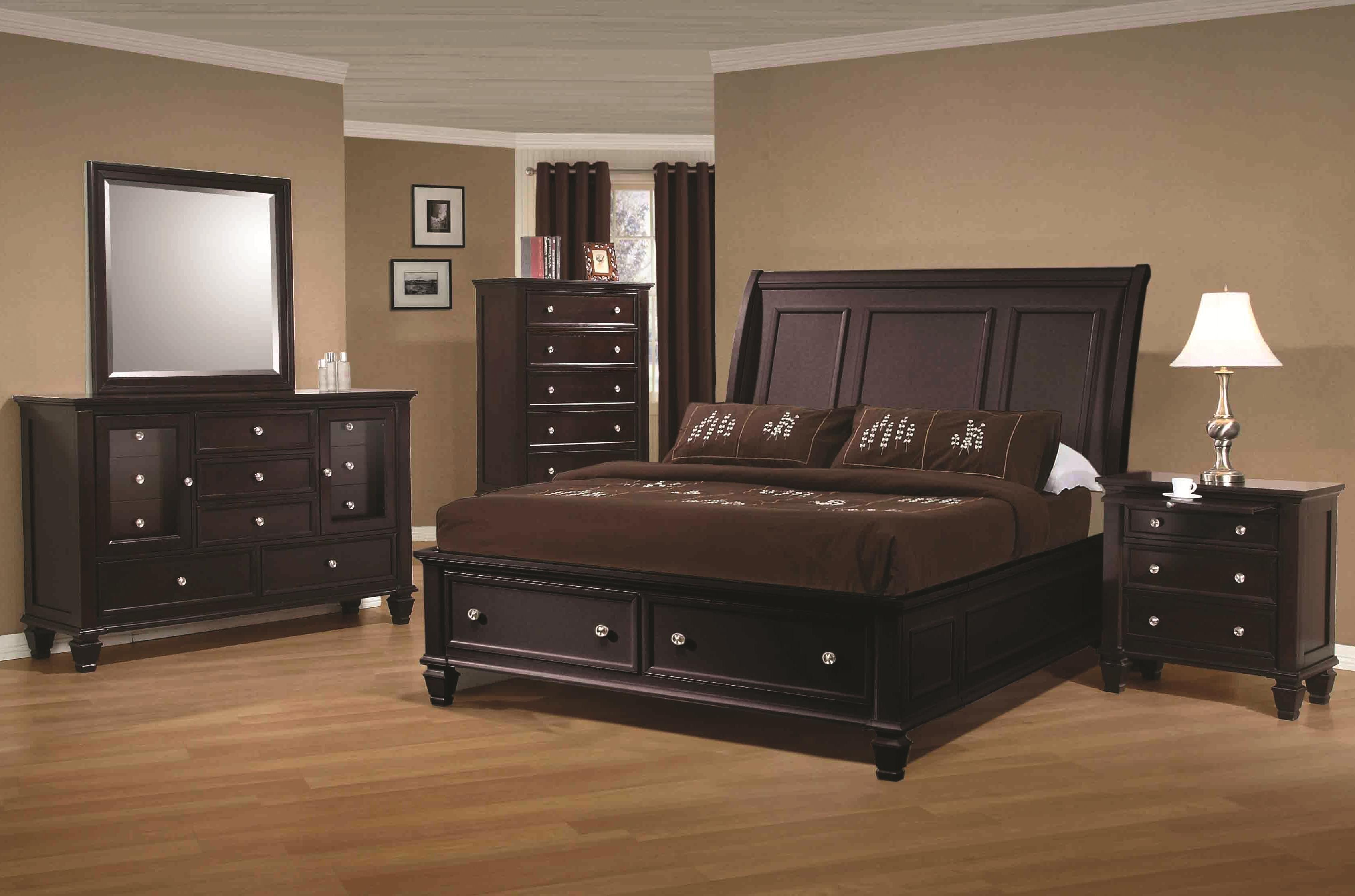 Coaster Sandy Beach California King Sleigh Bed with Footboard ...