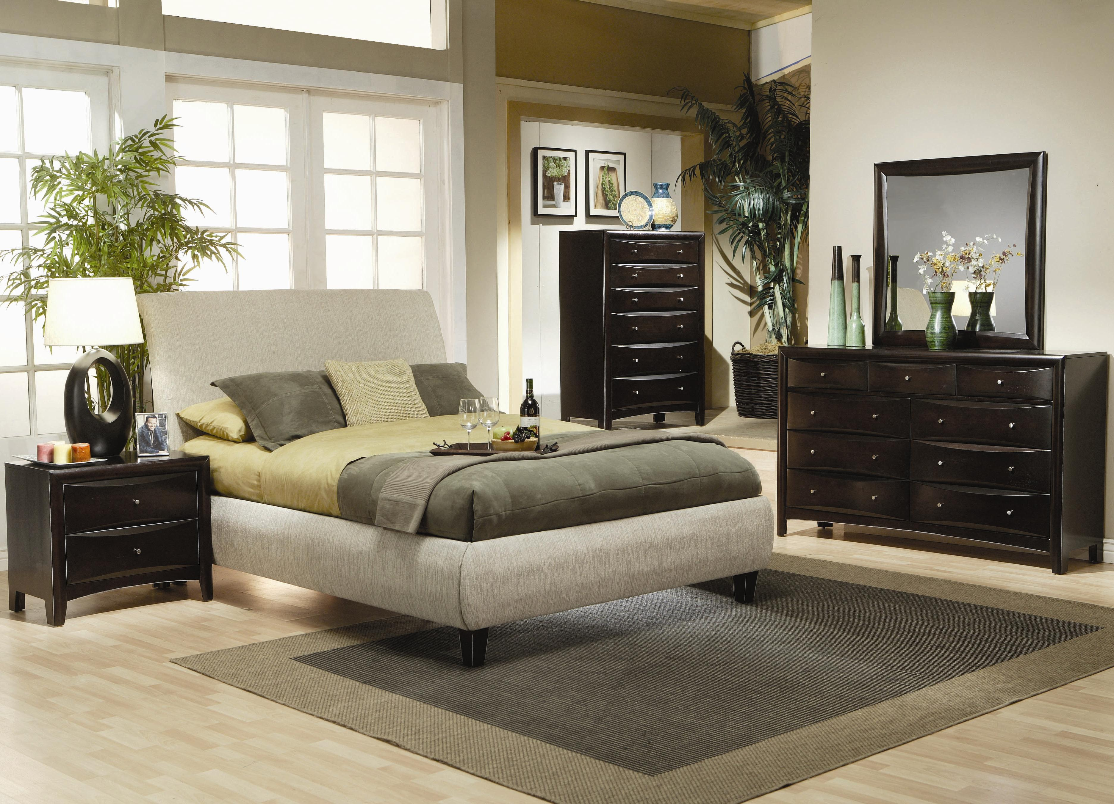 Coaster Phoenix Queen Contemporary Upholstered Bed - Coaster Fine ...