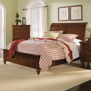 Tracy Transitional Queen Sleigh Bed With Decorative Turned Feet By Holland  House