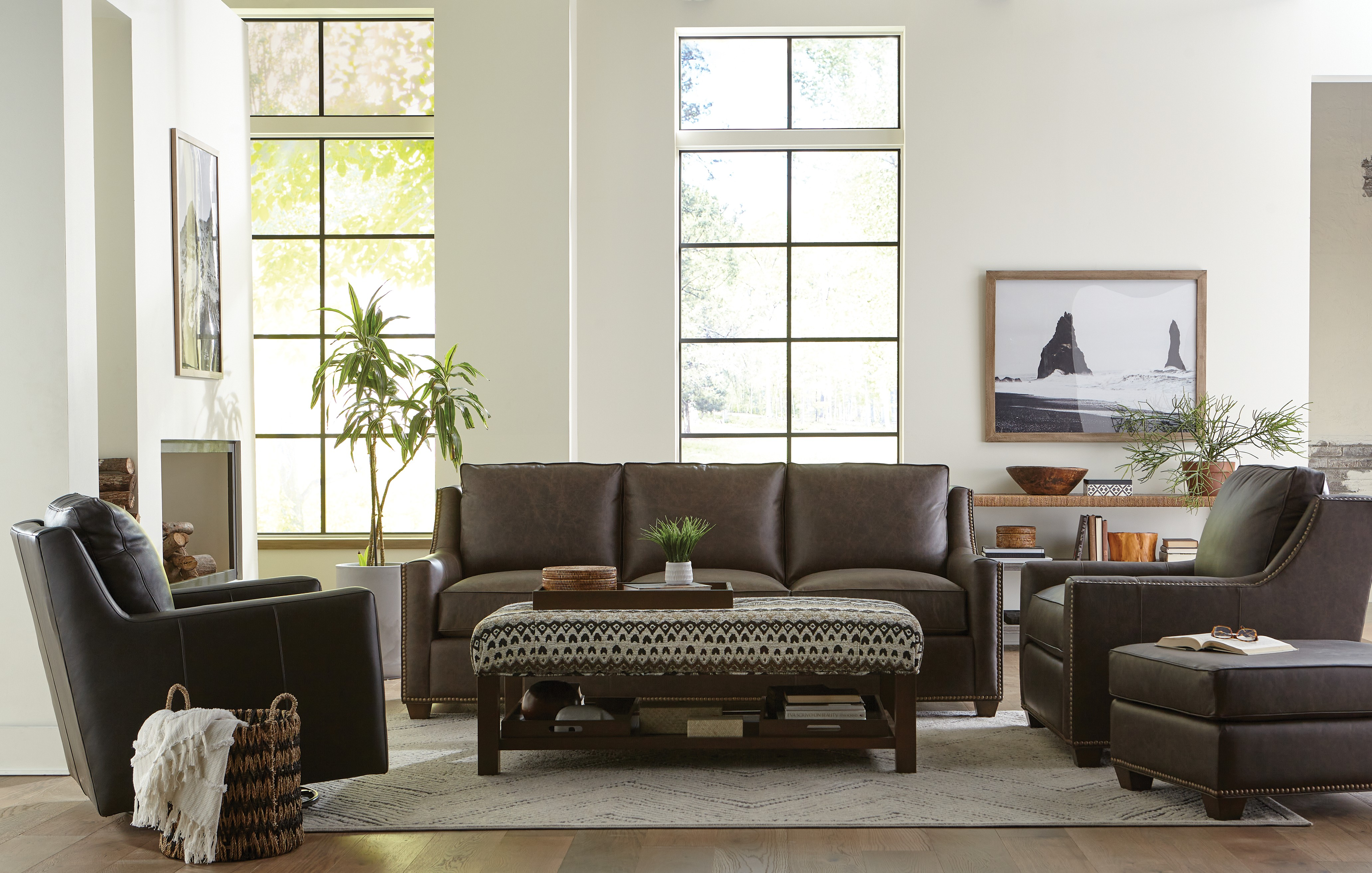 L702950BD Living Room Group  by Hickory Craft at Godby Home Furnishings