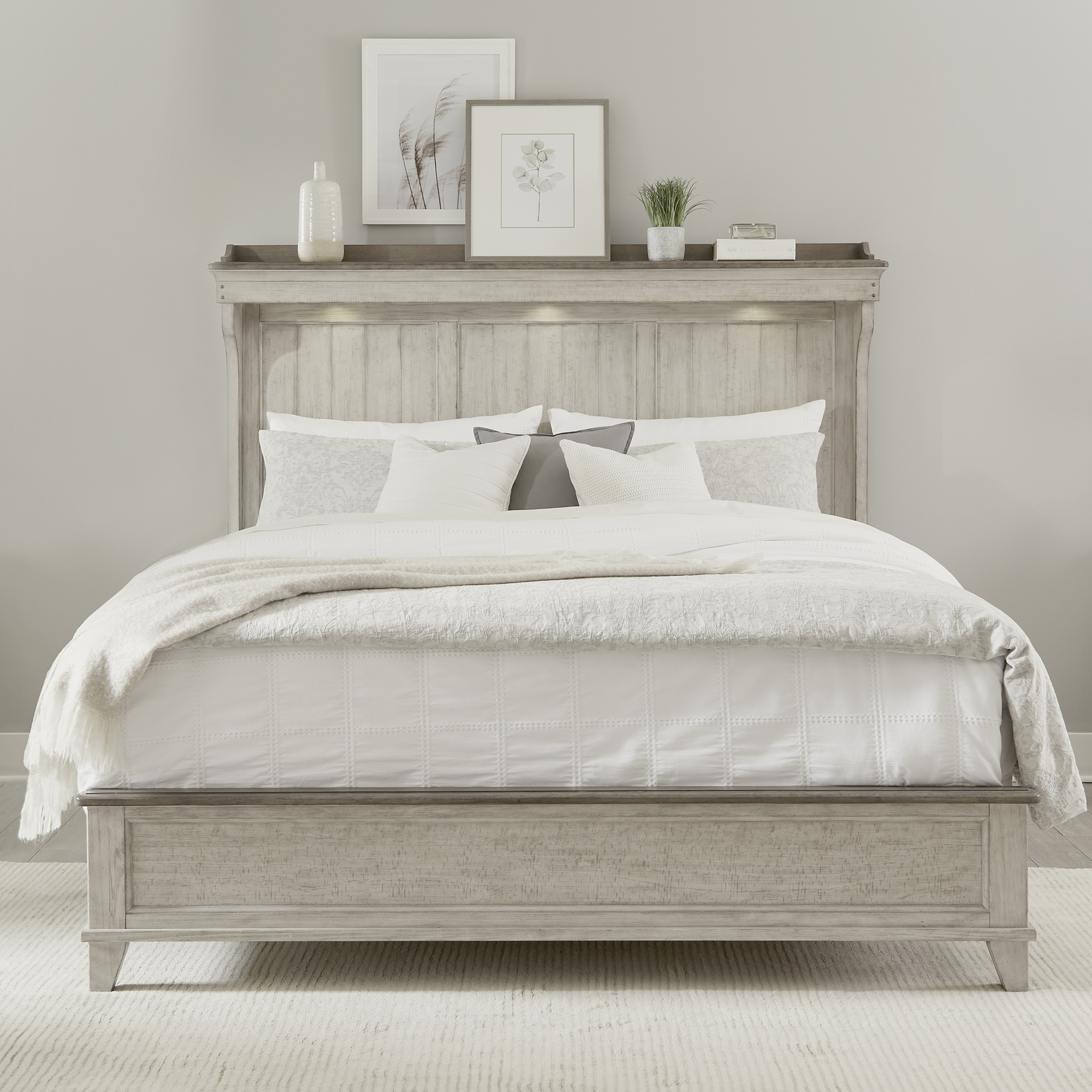 Ivy Hollow King Mantle Bed by Liberty Furniture at Dream Home Interiors