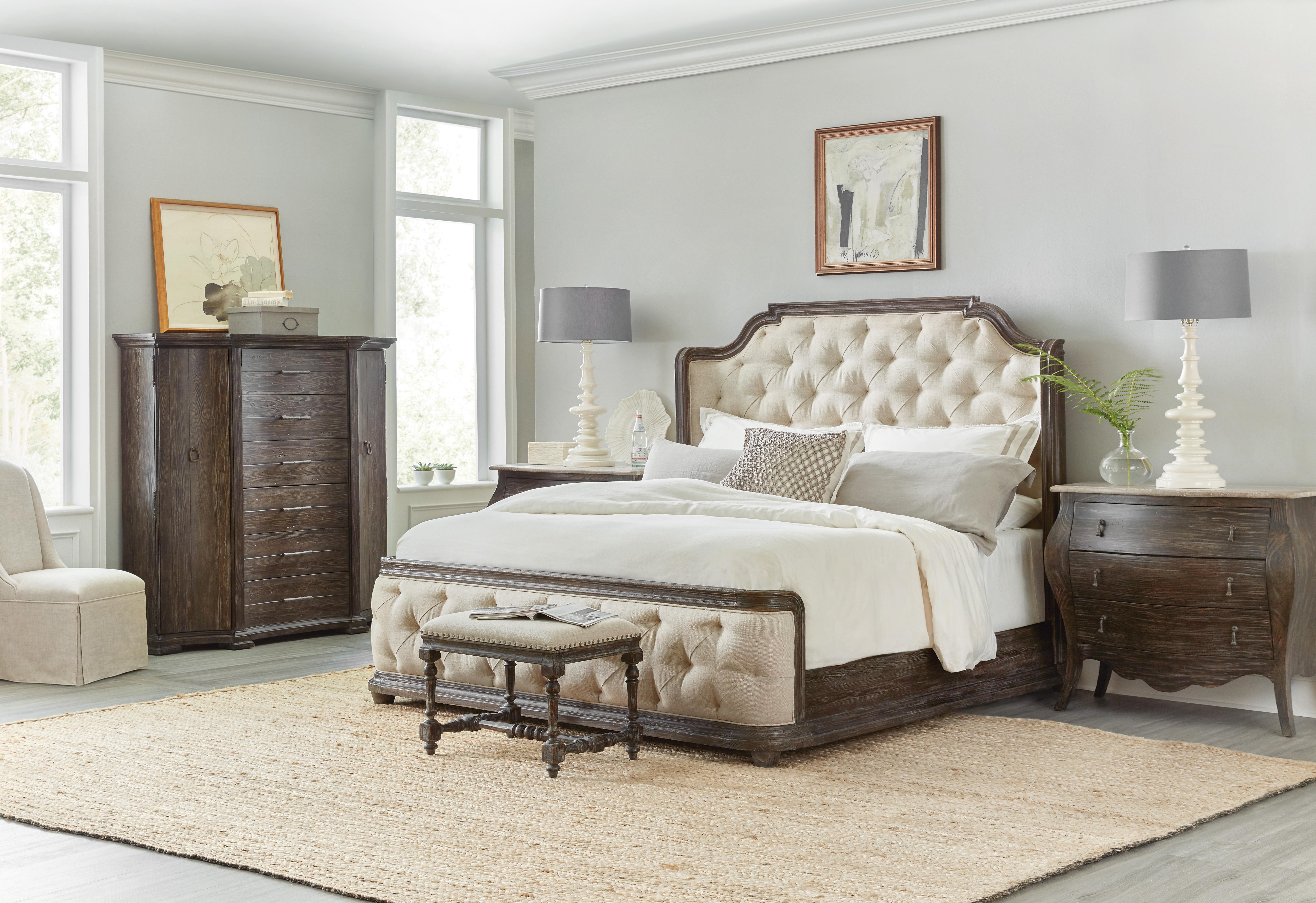 Cali King Bedroom Set