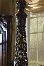 Elaborate Acanthus Detailing on Bed Posts