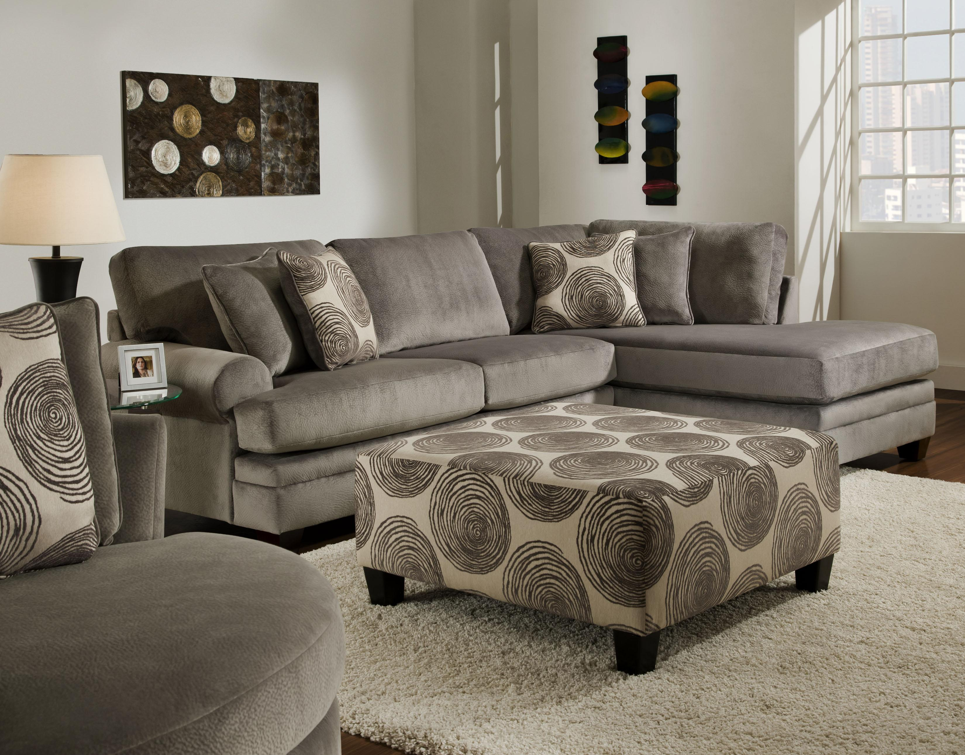 Merveilleux Albany 8642 Sectional