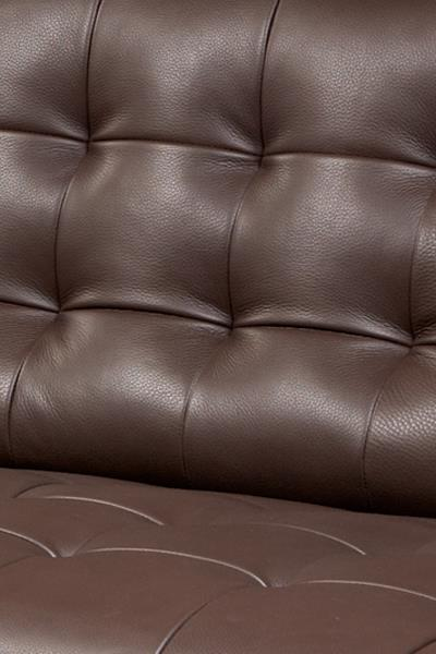 American Leather Parker Casual Sectional With Right Arm Chaise And Tufted  Seat | Sprintz Furniture | Sofa Sectional Nashville, Franklin, ...