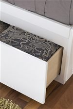 Side storage Compartments. Self-Closing Under Mount Drawer Guides.