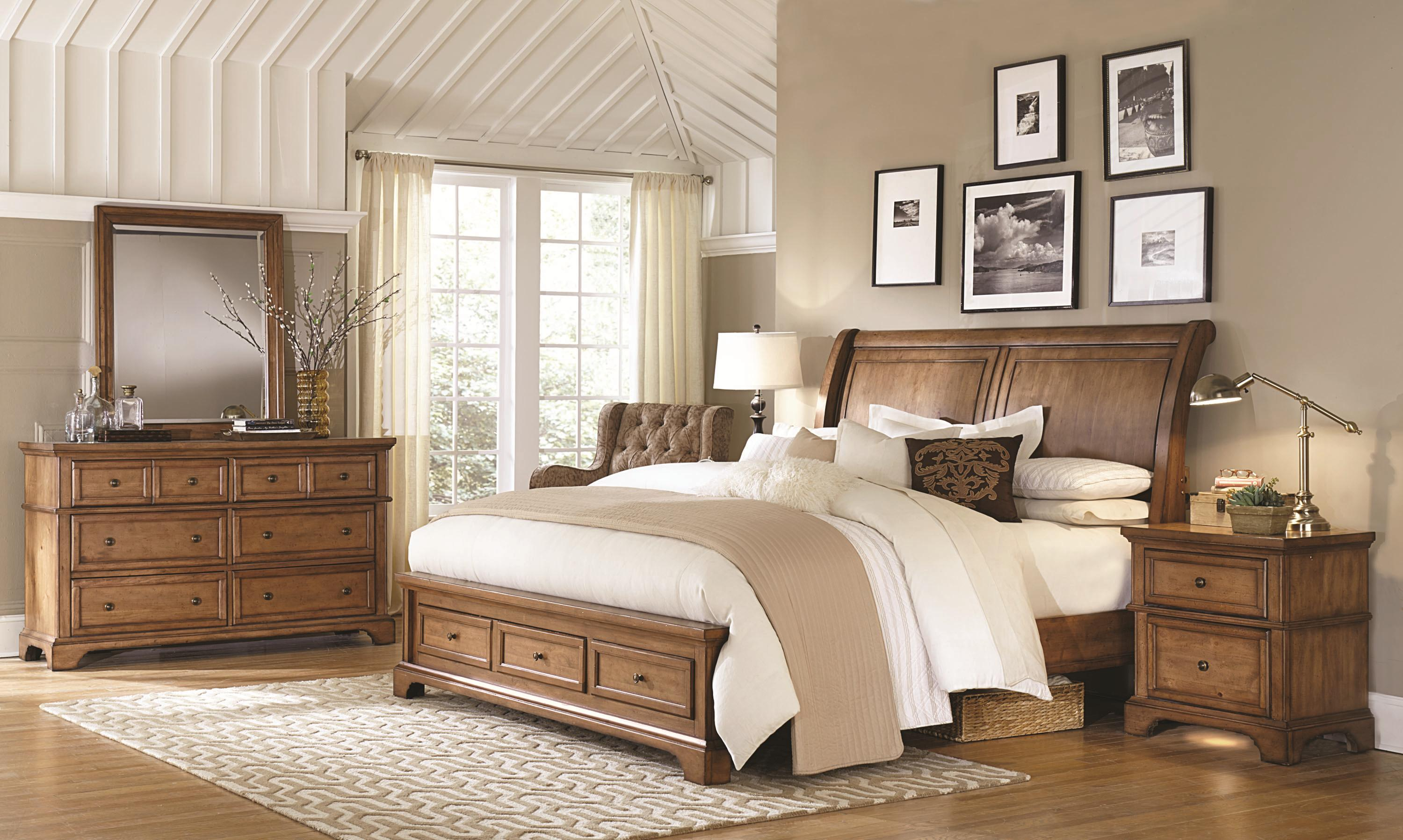 Alder Creek Queen Bedroom Group 1 by Aspenhome at Fashion Furniture
