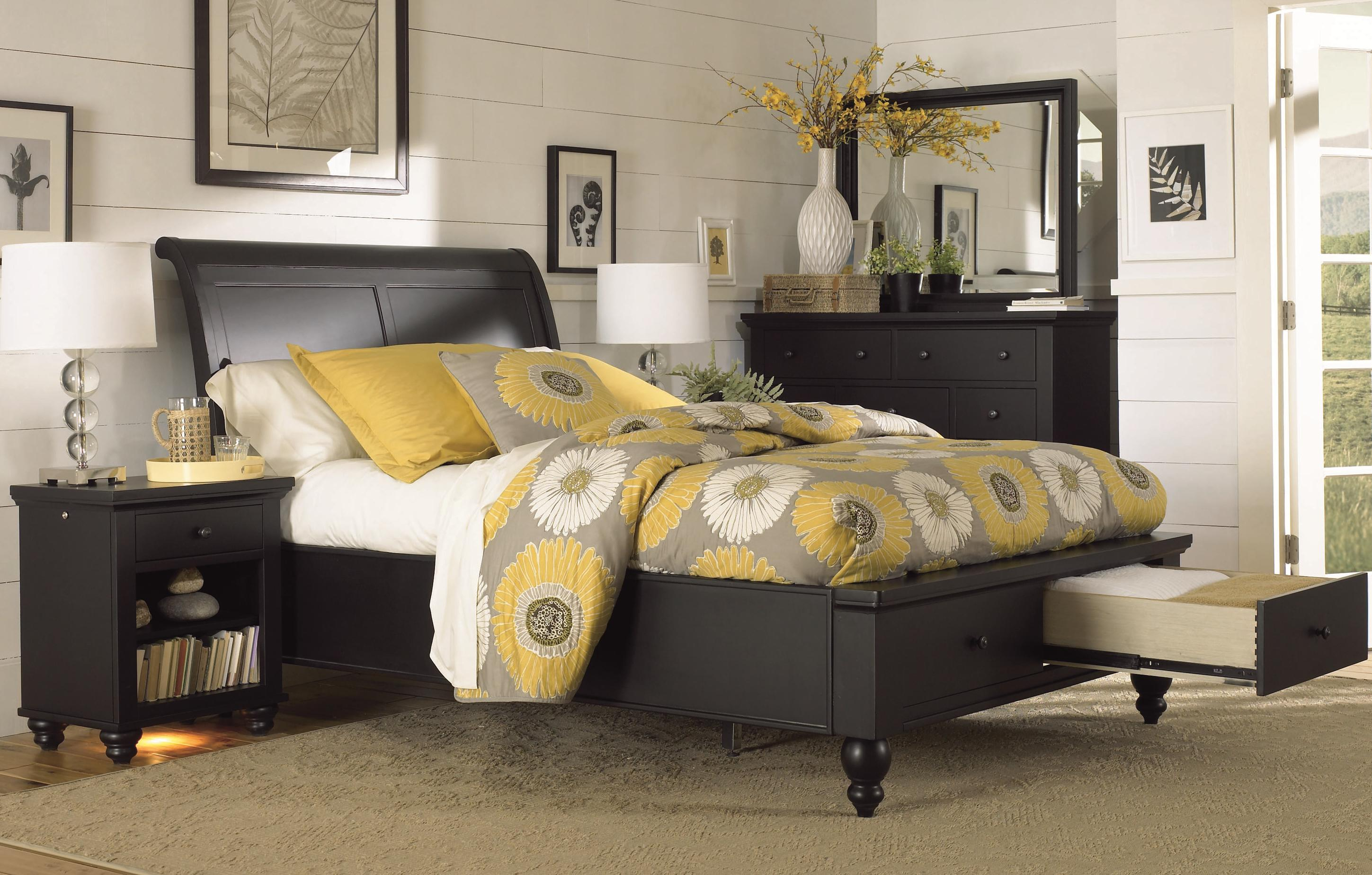 Aspenhome Cambridge KingSize Bed with Sleigh Headboard  Drawer