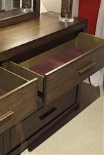 Felt-Lined Top Drawers Protect Delicate Jewelry