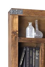 Metal Brackets Add Rustic Industrial Touch