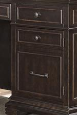 Framed Drawer and Door Fronts Add Classic Appeal