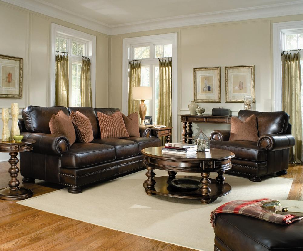 Delicieux Bernhardt Foster Leather Sectional Sofa With Nailhead Trim | Sprintz  Furniture | Sectional Sofas Nashville, Franklin, And Greater Tennessee