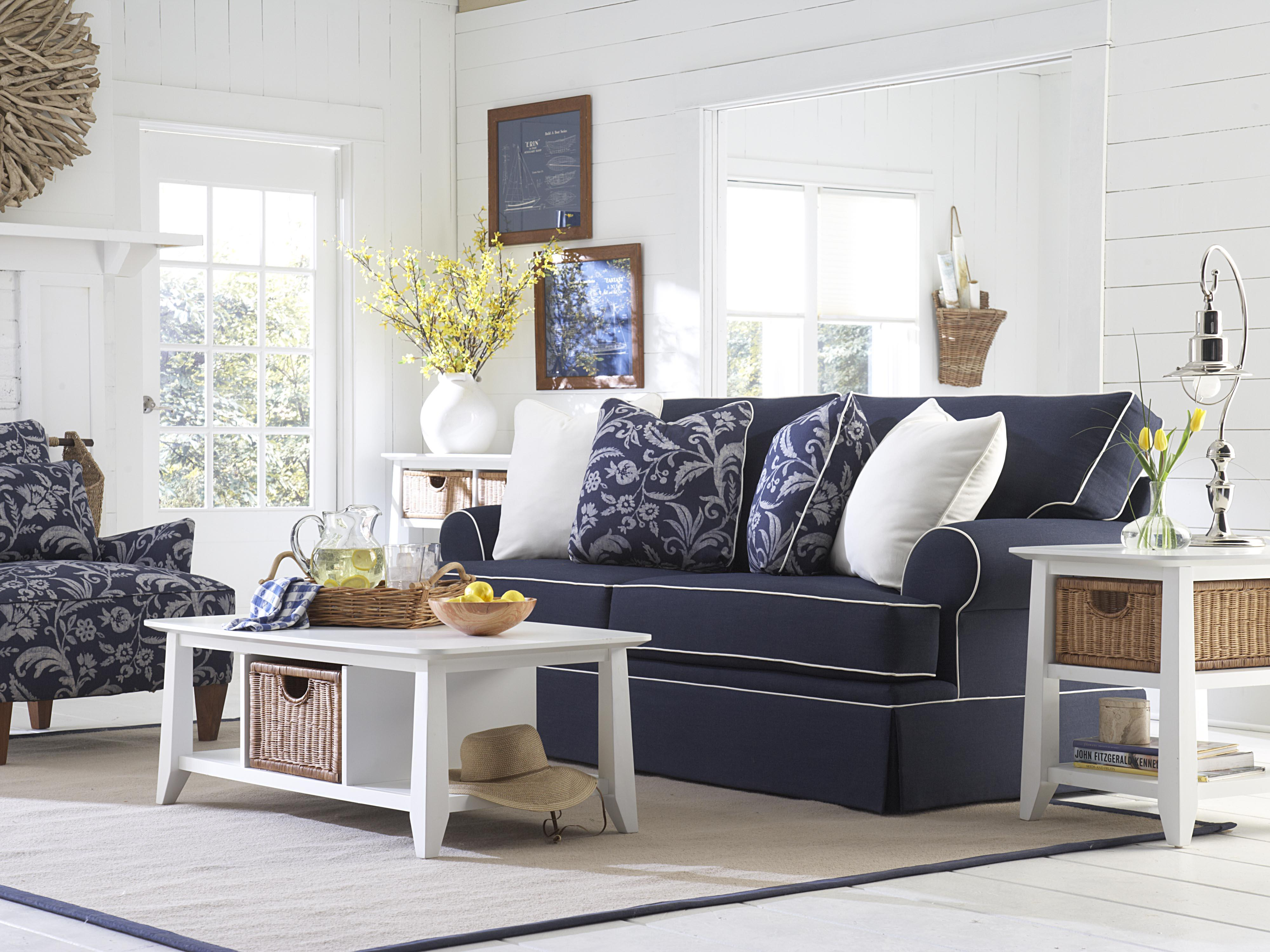 Broyhill Furniture Emily Queen Irest Sleeper Sofa Lindy S Company Sofas