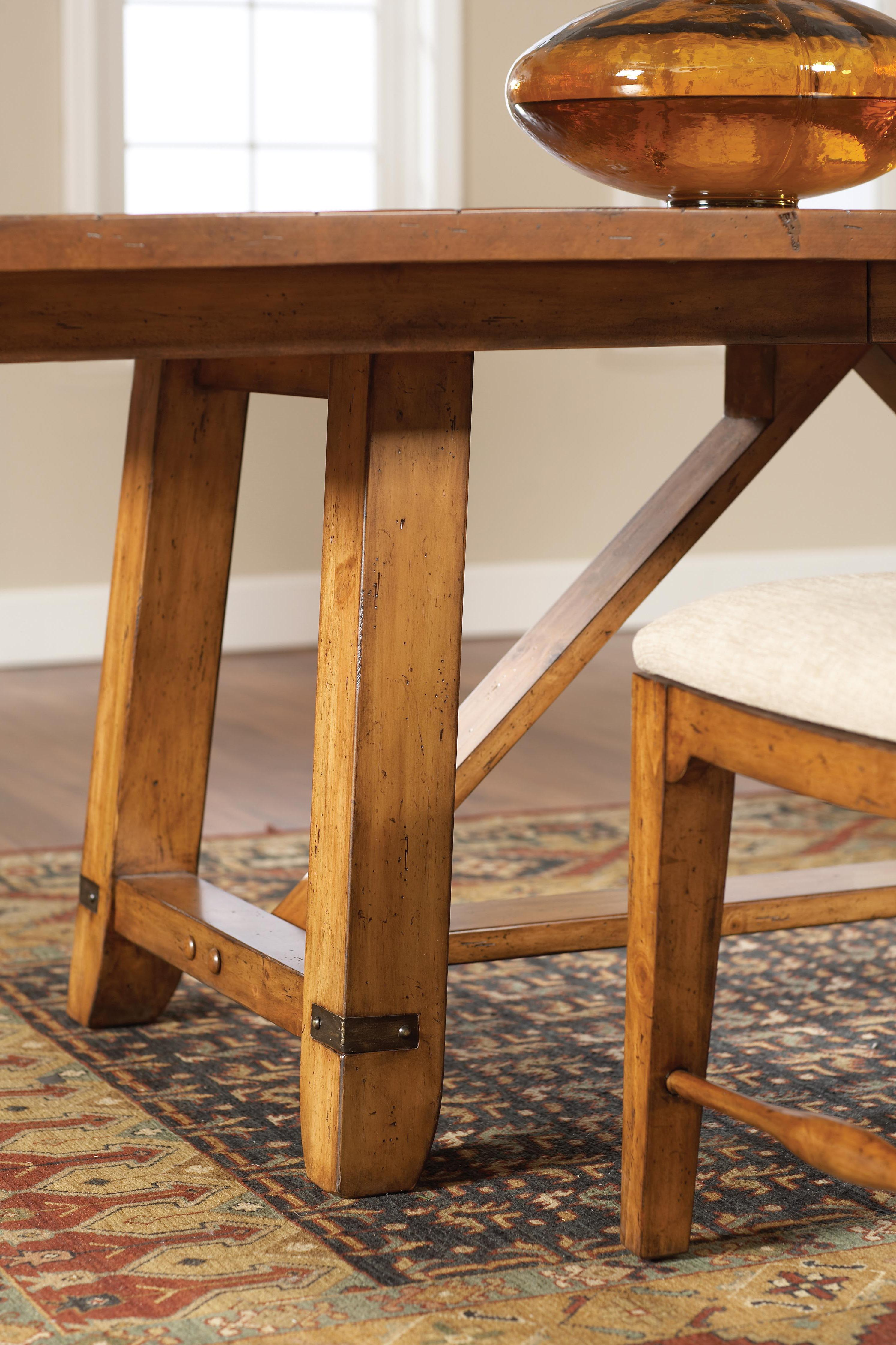 Attic Heirlooms Heritage (4177) by Broyhill Furniture - Pedigo ...