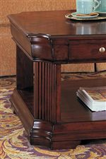 Reeded Legs and Traditional Molding