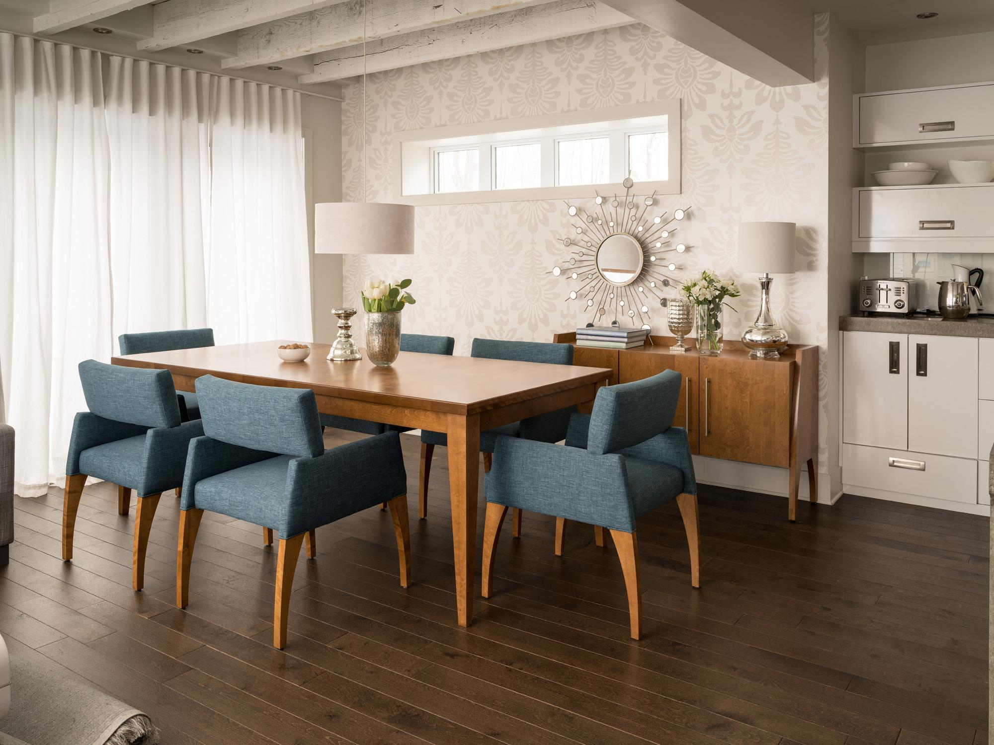 Canadel Custom Dining Customizable Rectangular Table Set With - Custom dining room table and chairs