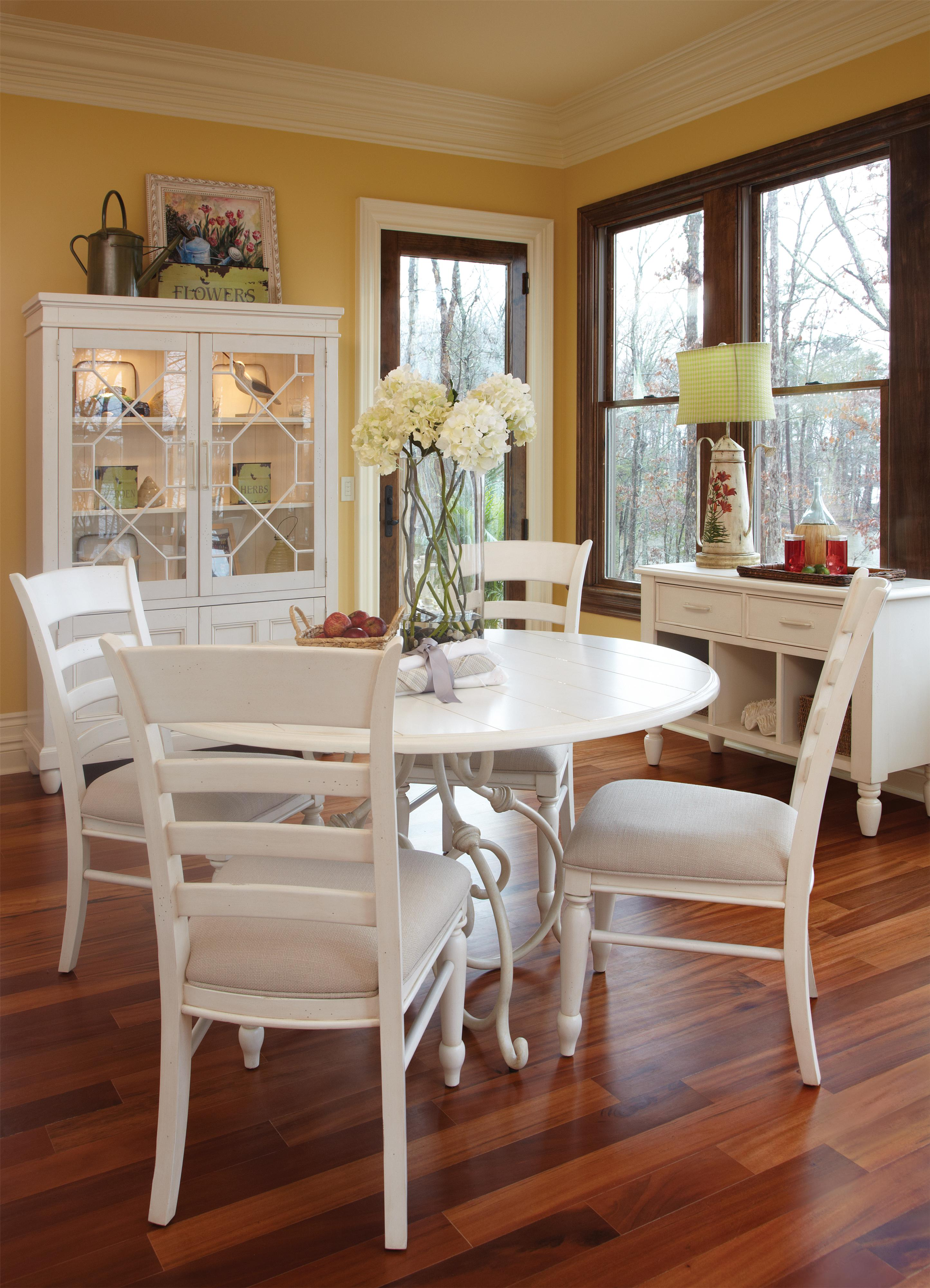 Easton Collection Sea Breeze Dining Room Group - Item Number: 424 Dining Room Group 7
