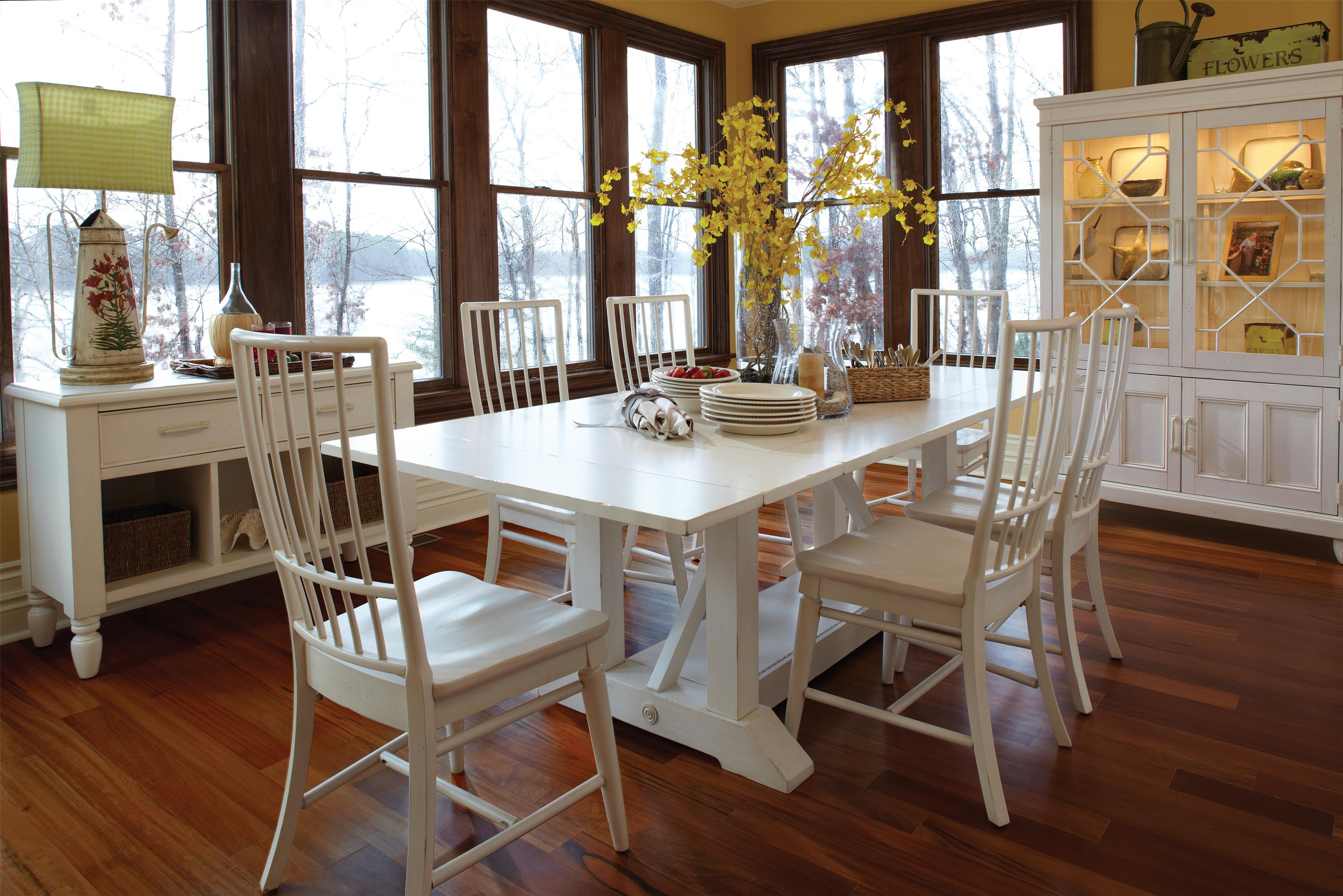 Easton Collection Sea Breeze Dining Room Group - Item Number: 424 Dining Room Group 3