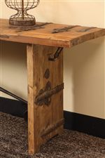 Rugged Hardware Adds a Rustic Look