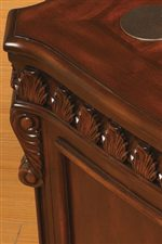 Elegant Carved Acanthus Leaf Trim