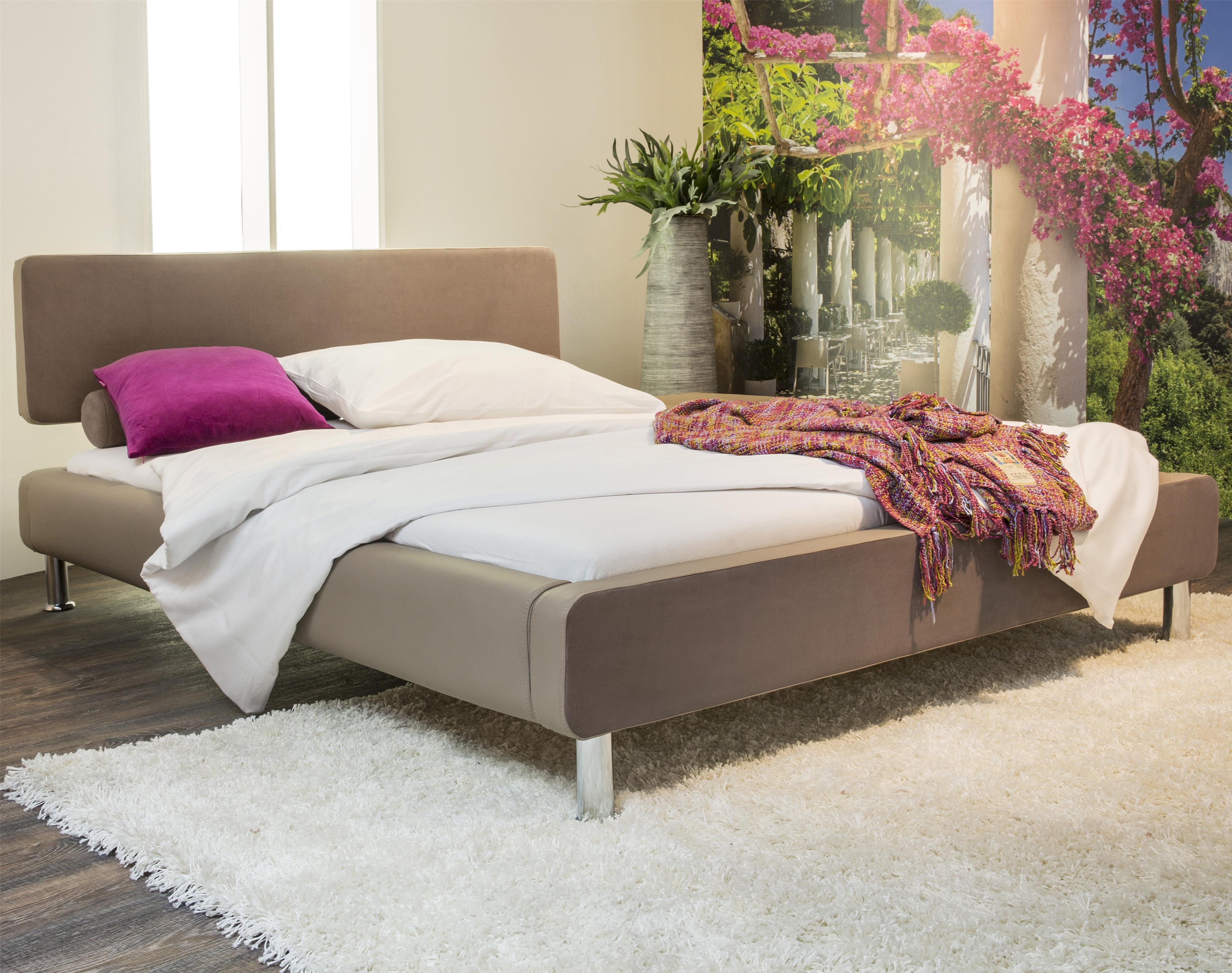 Bedroom DS (upholstered beds) by Diamond Sofa - Del Sol Furniture - Diamond Sofa Bedroom DS Dealer
