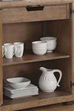 Flexible Dining Storage