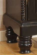 Bed-Knob Feet Carry Rustic Charm