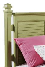 Louvre Panel Headboard with Decorative Finial