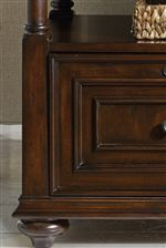 Drawers and Door Fronts Feature Frame Moldings