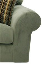 Smooth Rounded Arms Convey Casual Decoration