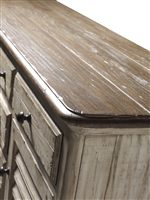Cornsilk Finish with a Heather Top Creates a Stunning Two-Tone Look