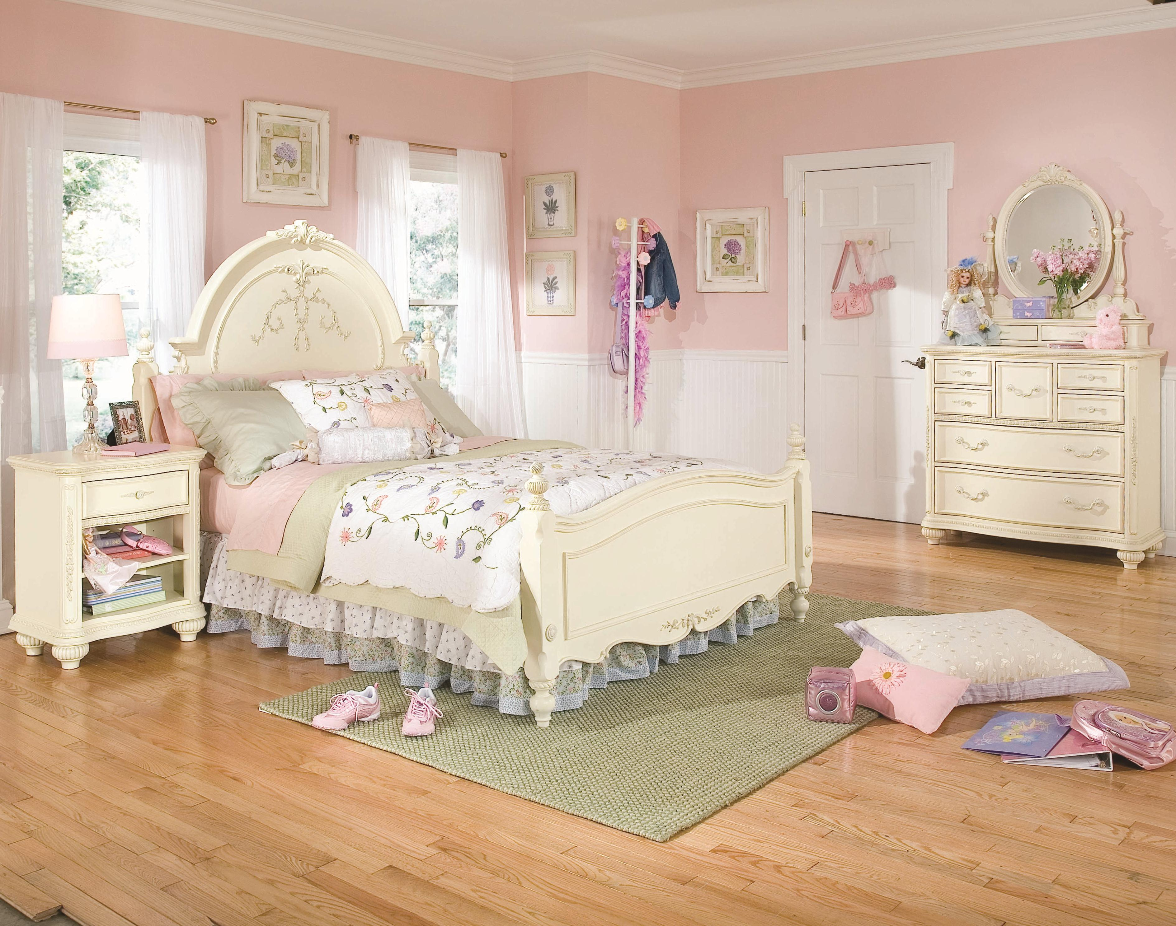 Lea Industries Jessica McClintock Romance Twin-Size Traditional Sleigh Bed  with Decorative Carving Details - BigFurnitureWebsite - Sleigh Bed