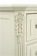 Bouquet Carving Details