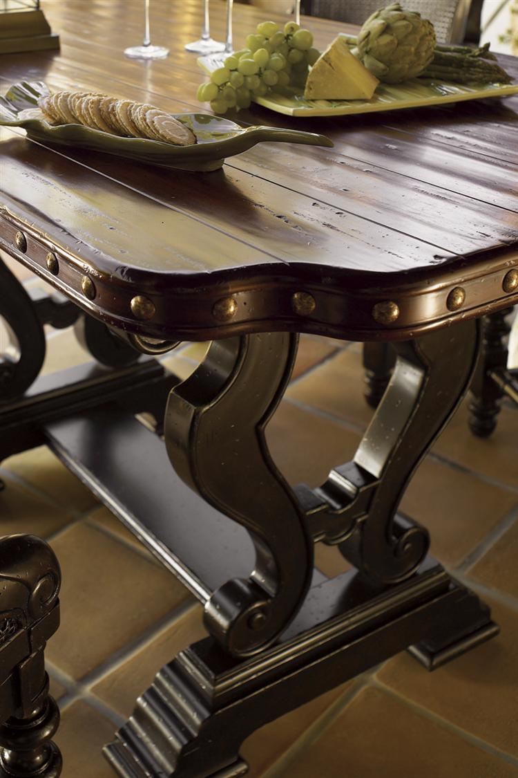 Kingstown Bedroom Furniture Tommy Bahama Home Kingstown Bonaire Round Dining Table With