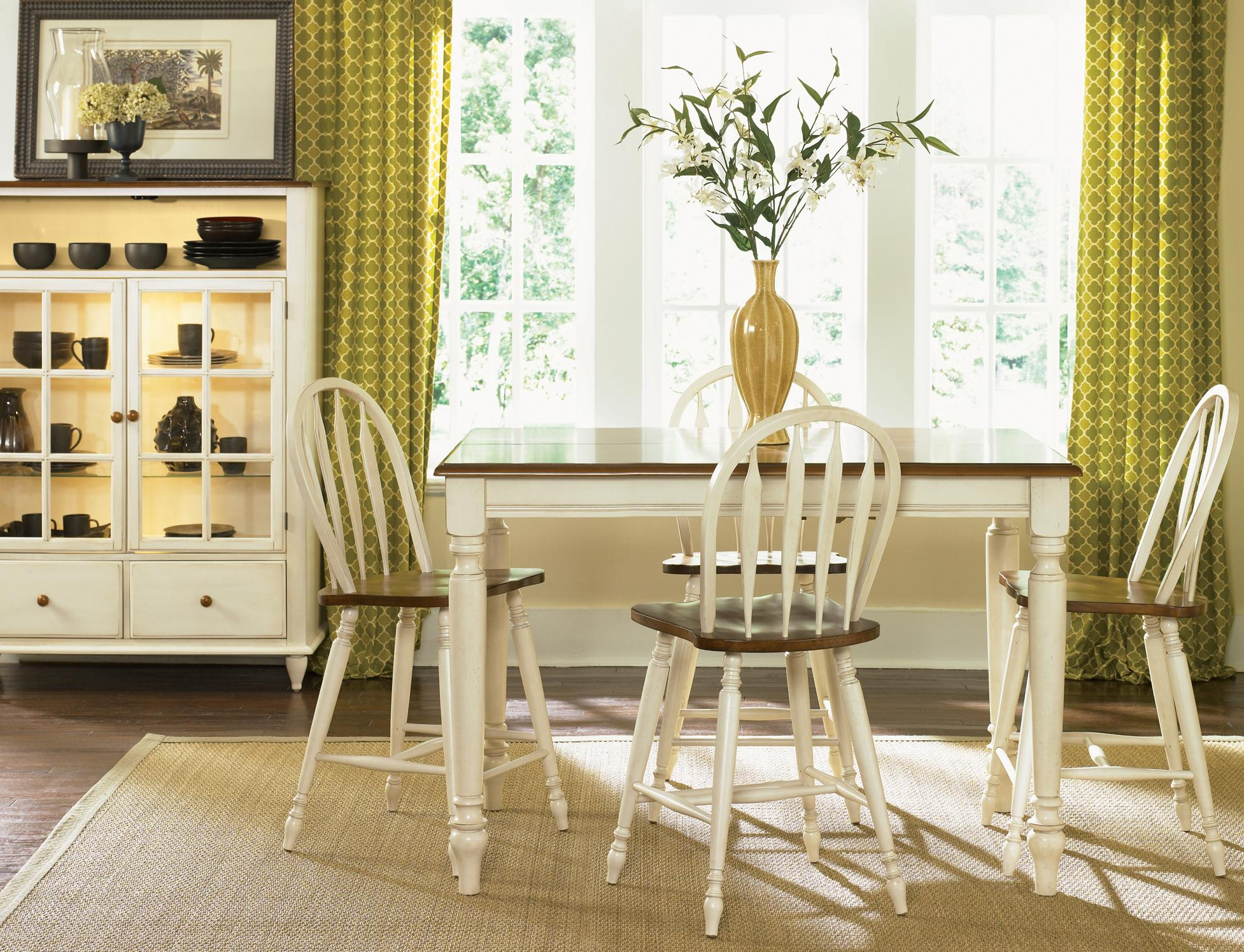 Liberty Furniture Low Country Rectangular Dining Table With Turned Legs    Wayside Furniture   Dining Tables