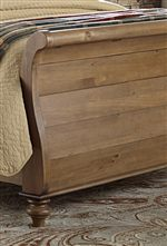 Smooth Sleigh Bed Design and Plank Construction