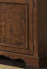 Return Waist Moulding and Scalloped Apron Rail