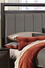 Upholstered Headboard Gives Comfortable and Dynamic Appearance