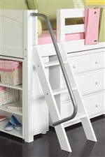 Ladder with Metal Handle