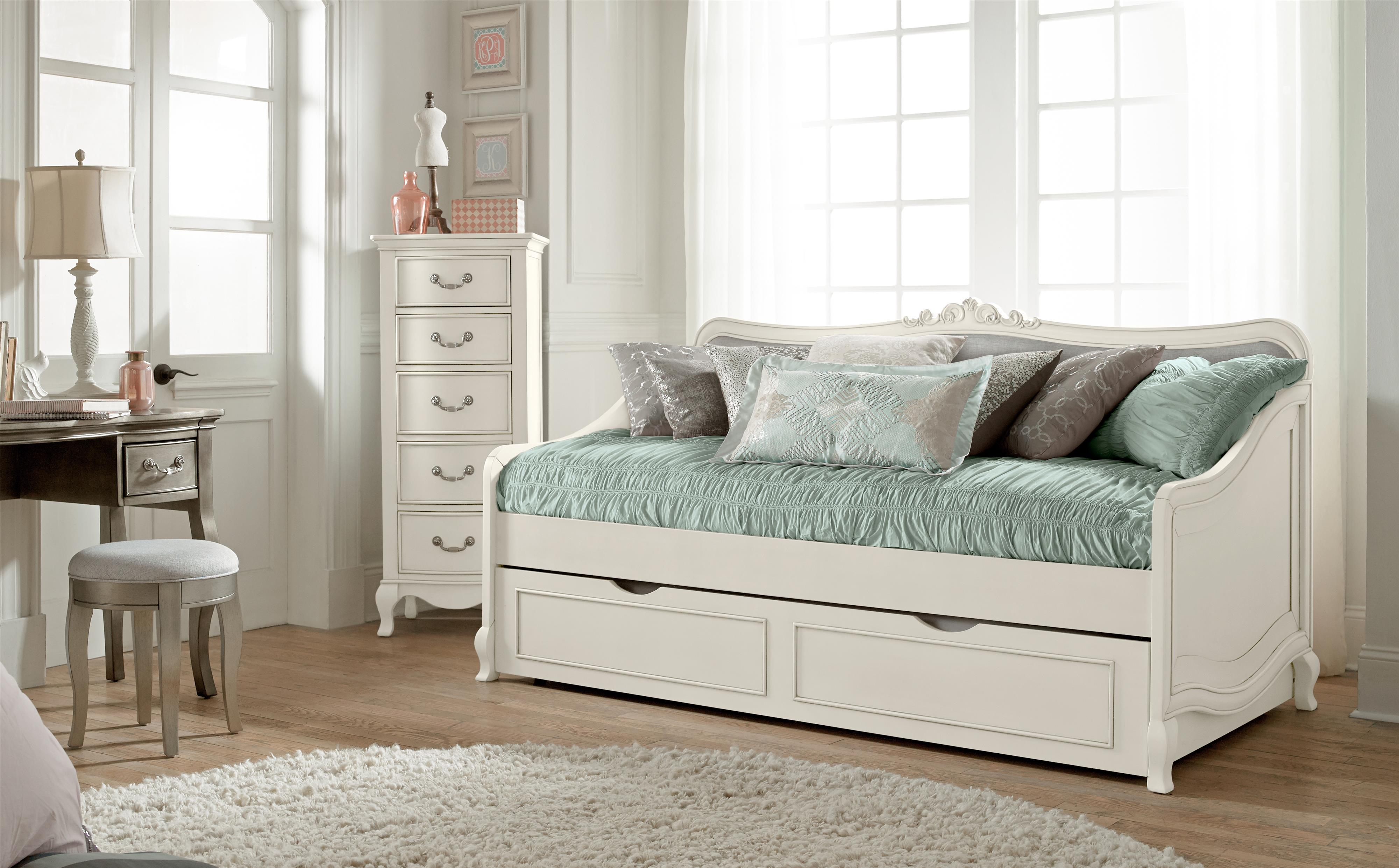 NE Kids Kensington Elizabeth Daybed With Trundle And Scroll Carving    Wayside Furniture   Daybed