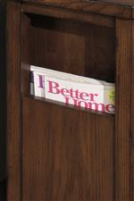 Magazine Rack Helps to Clear Clutter