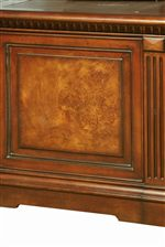Decorative Poplar Burl Inlay Gives a Sophisticated Allure