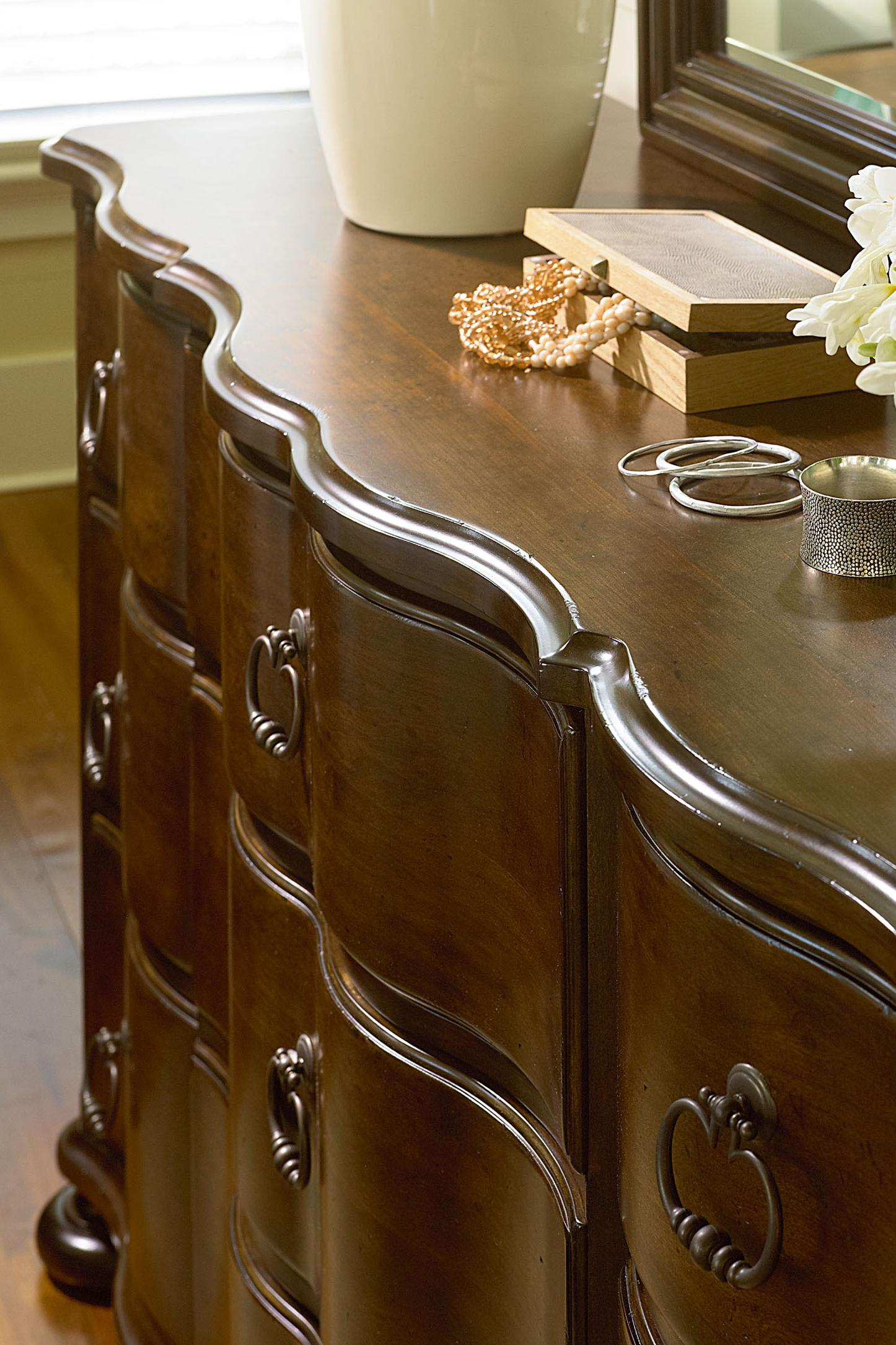 Image of: River House 393 By Paula Deen By Universal Stoney Creek Furniture Paula Deen By Universal River House Dealer
