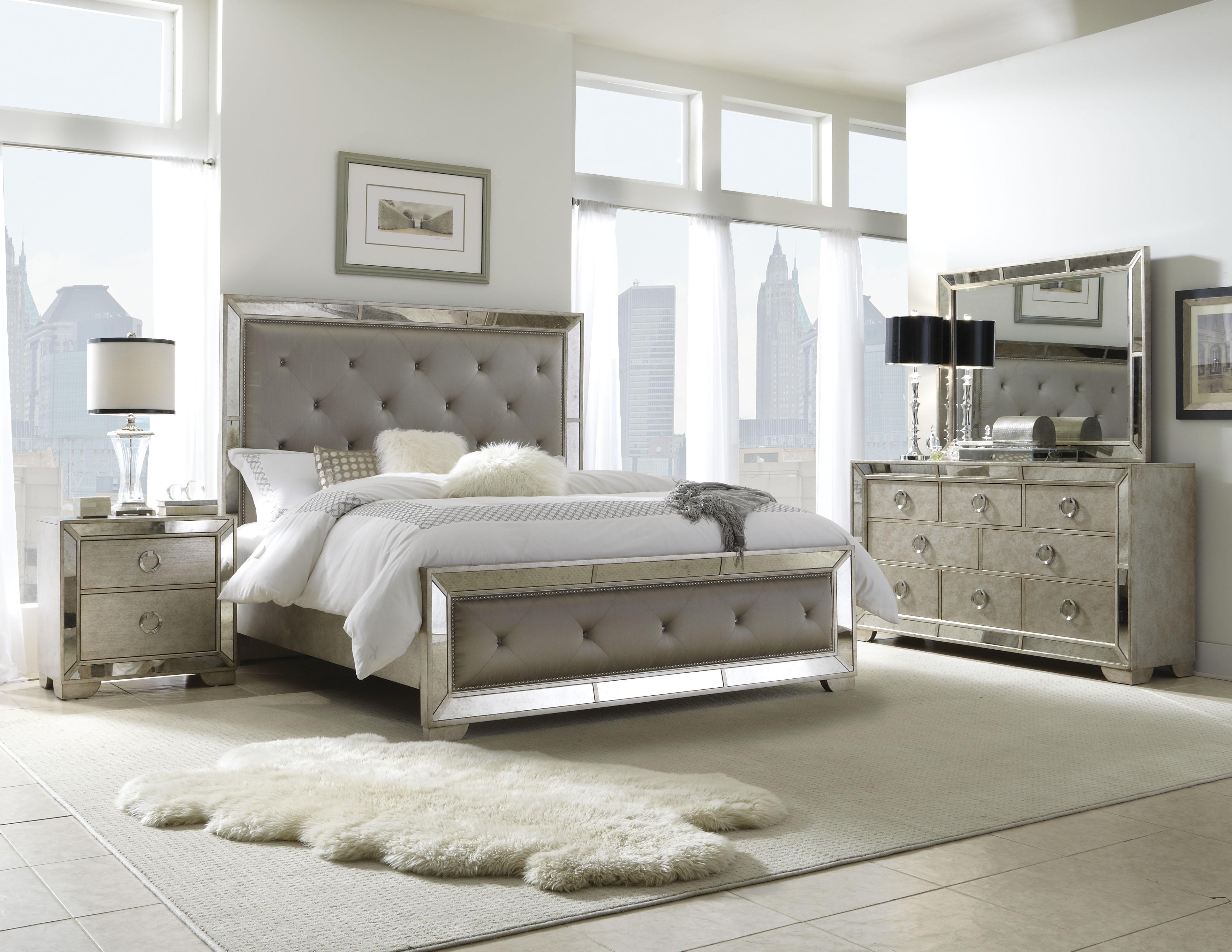 Pulaski Furniture Farrah King Bedroom Group - Item Number: 395 K Bedroom Group