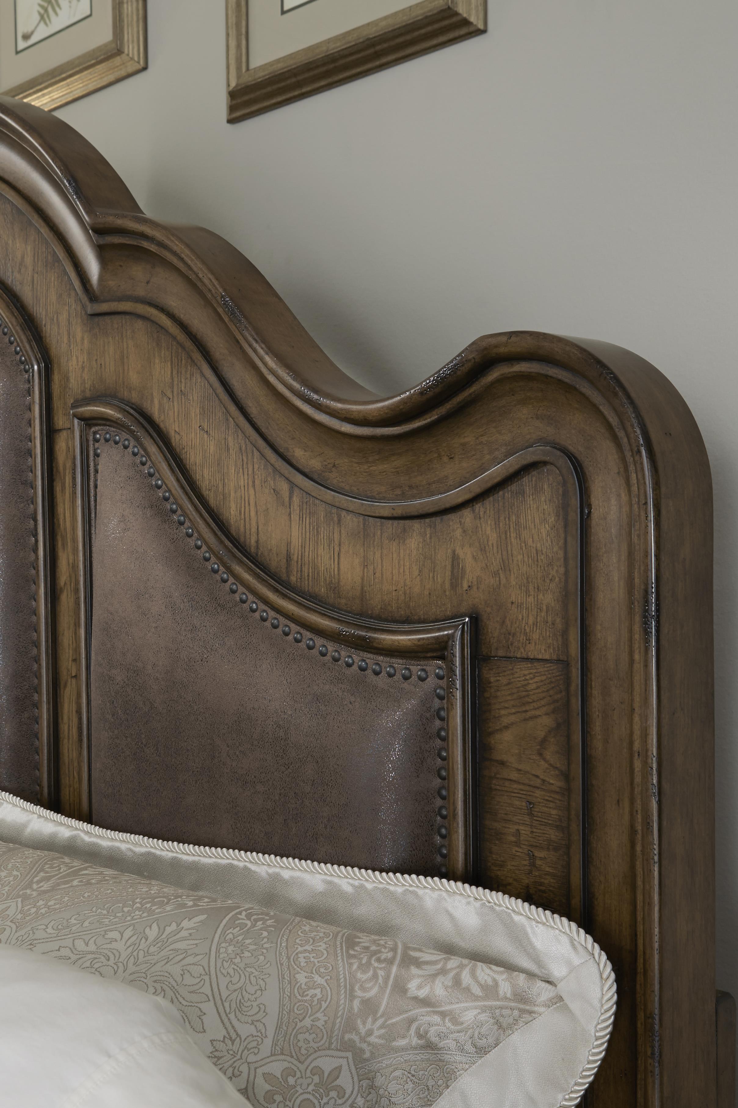 Quentin 7891 By Pulaski Furniture Royal Furniture