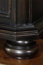 Large Bun Feet and Angled Corners