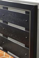 Slat Headboard Design Exudes Traditional, Reclaimed Wood Appeal