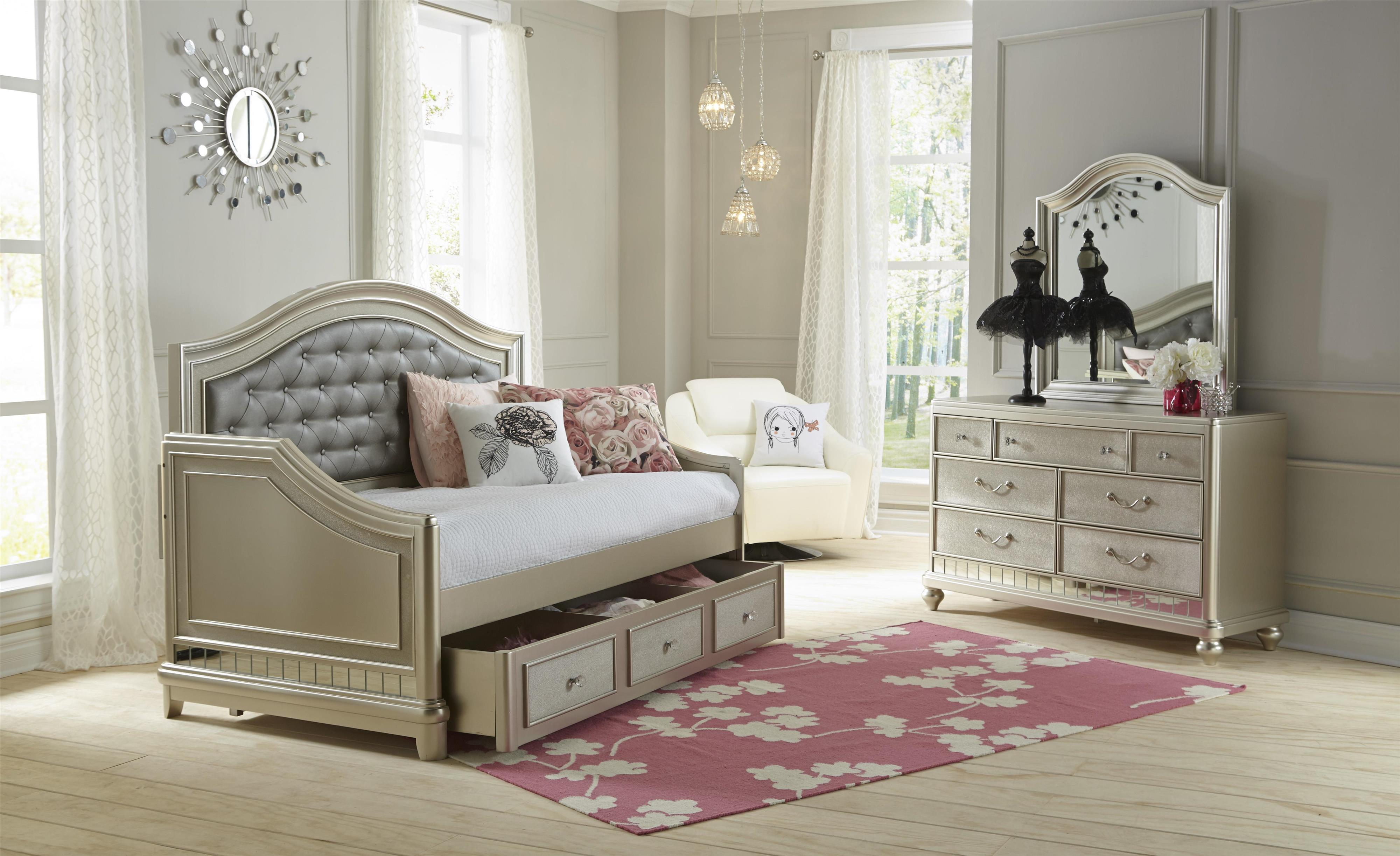 samuel lawrence lil diva tuffed headboard daybed furniture and mattress daybeds - Samuel Lawrence Furniture