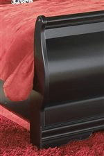 Scrolled Footboard on the Sleigh Bed.