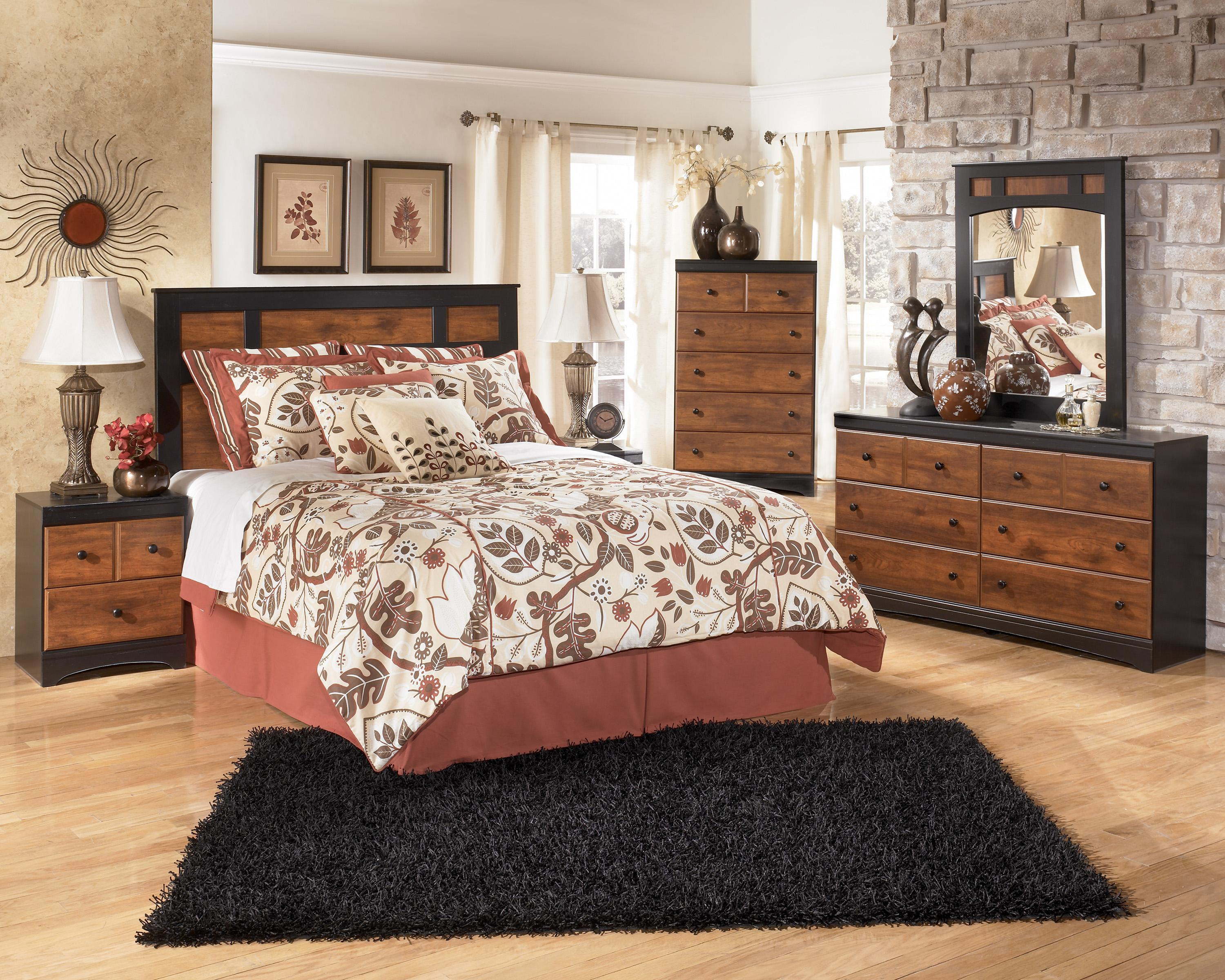 Signature Design by Ashley Aimwell Queen Bedroom Group - Item Number: B136 Q Bedroom Group 1